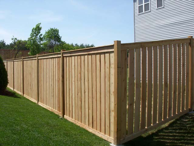 Деревянный забор | Какие доски купить
